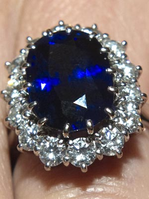 Kate Middleton's Engagement Ring, Ceylon Sapphire, Benjamin Black Goldsmiths